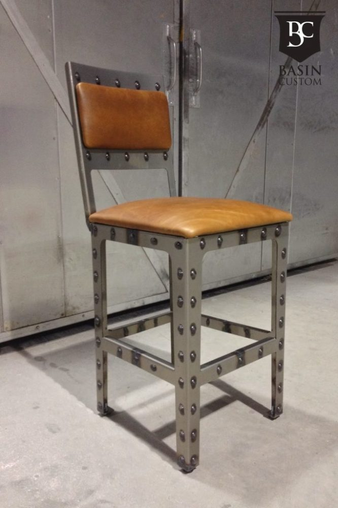 24 Inch Metal Bar Stools
