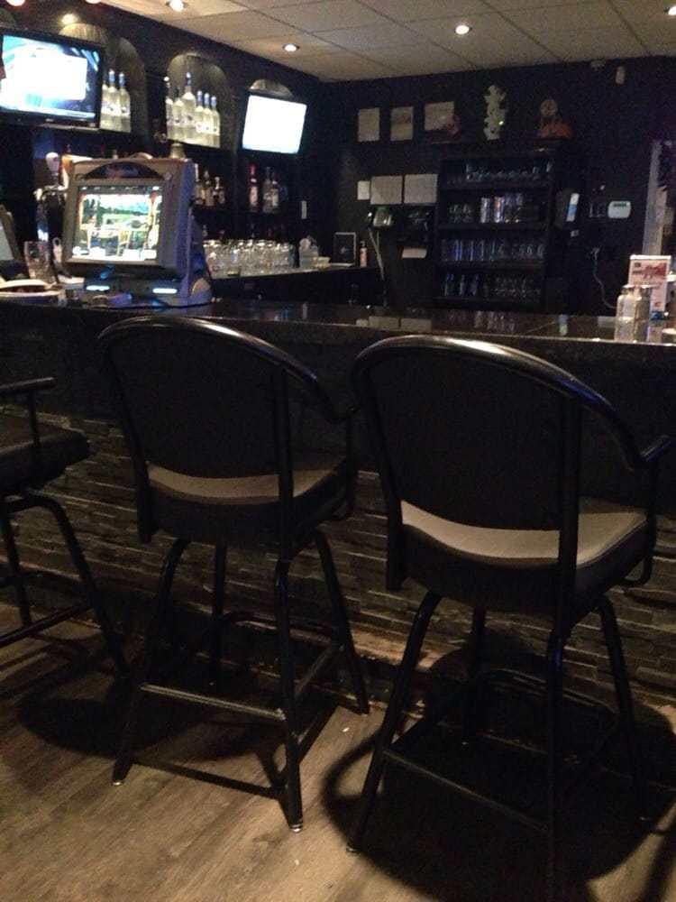Black Leather Bar Stools Calgary