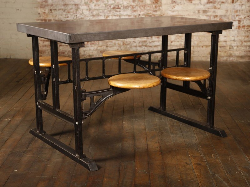 Breakfast Bar Table With Stools