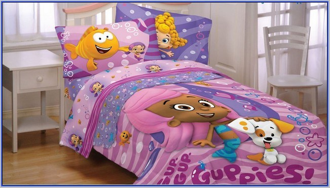 Bubble Guppies Toddler Bed Set