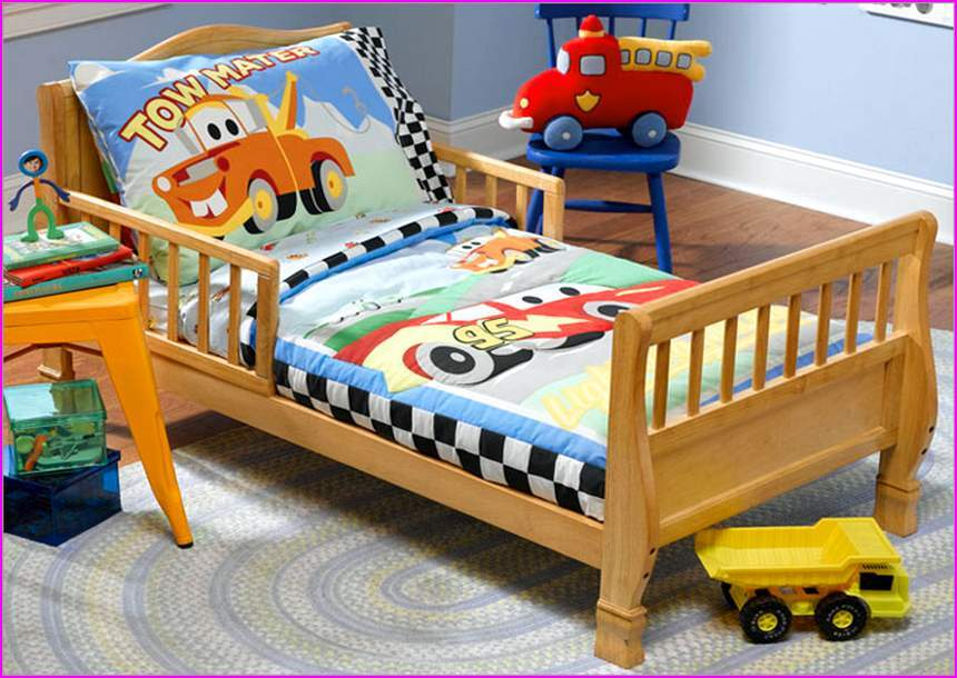 Cars Toddler Bedding Set Canada