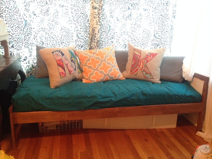 Children's Couch Bed