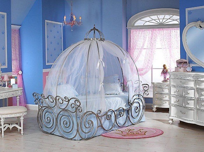 Cinderella Carriage Toddler Bed