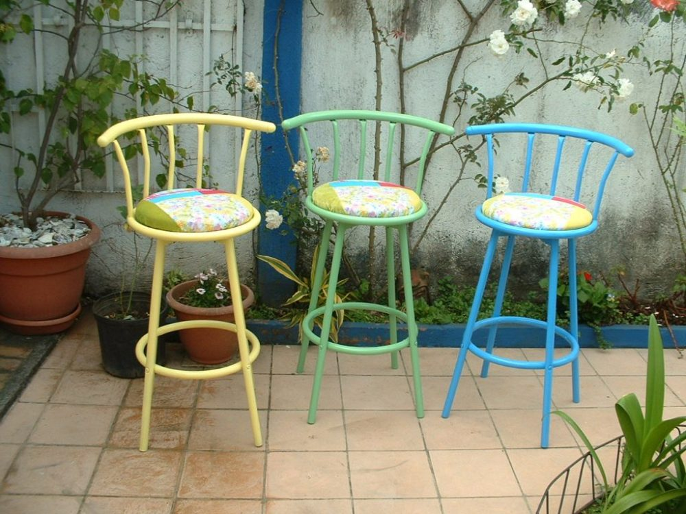 Colorful Bar Stools With Backs
