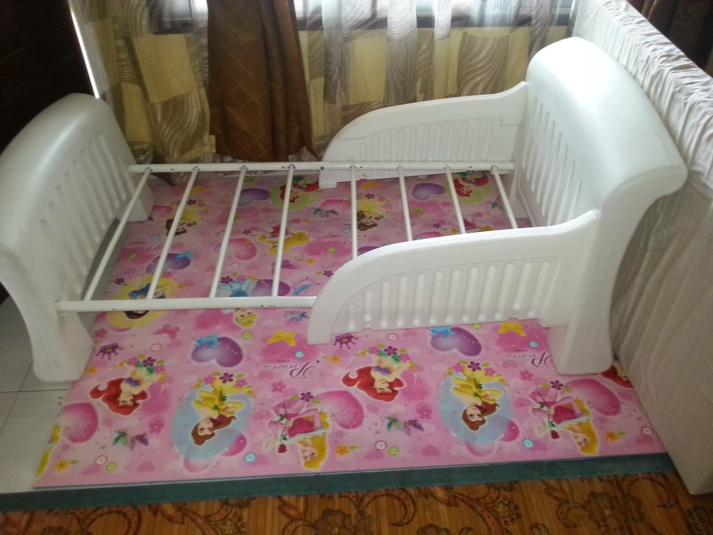 Cosco Toddler Bed White Plastic