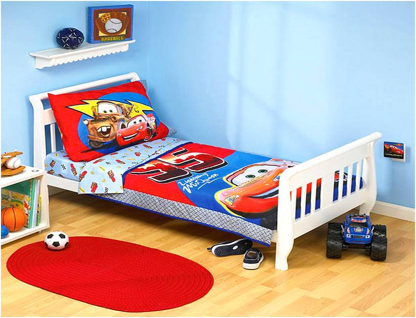 Disney Cars Toddler Bedding Set