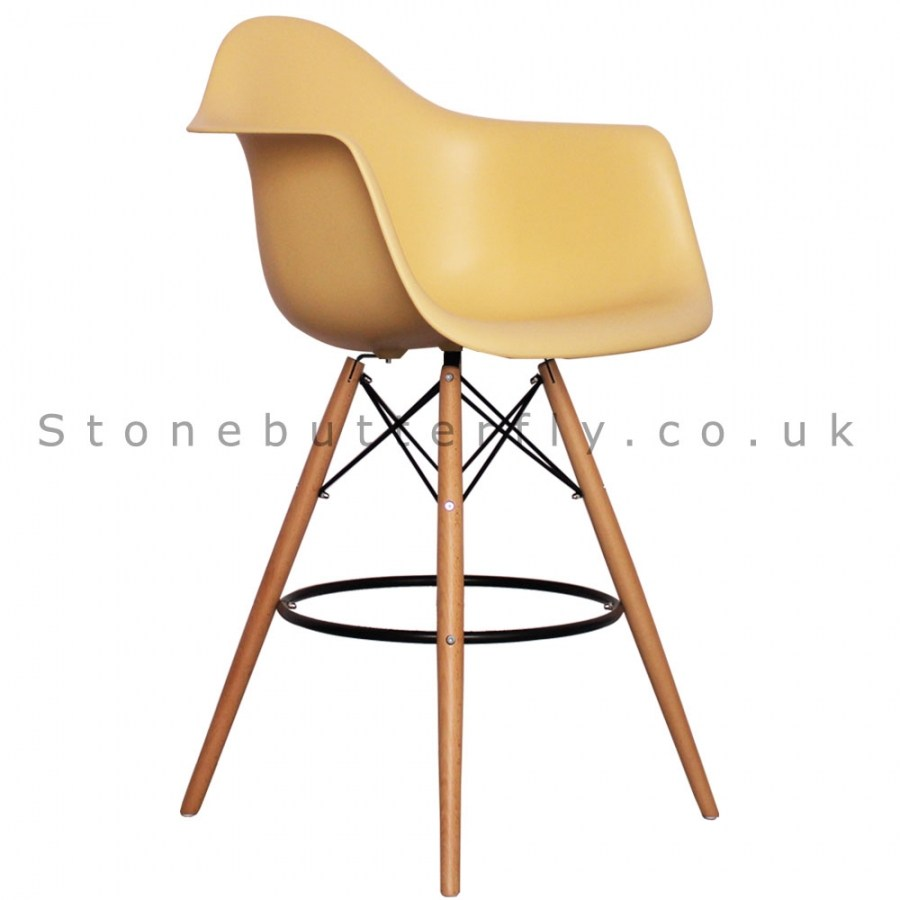 Eames Bar Stool Cream