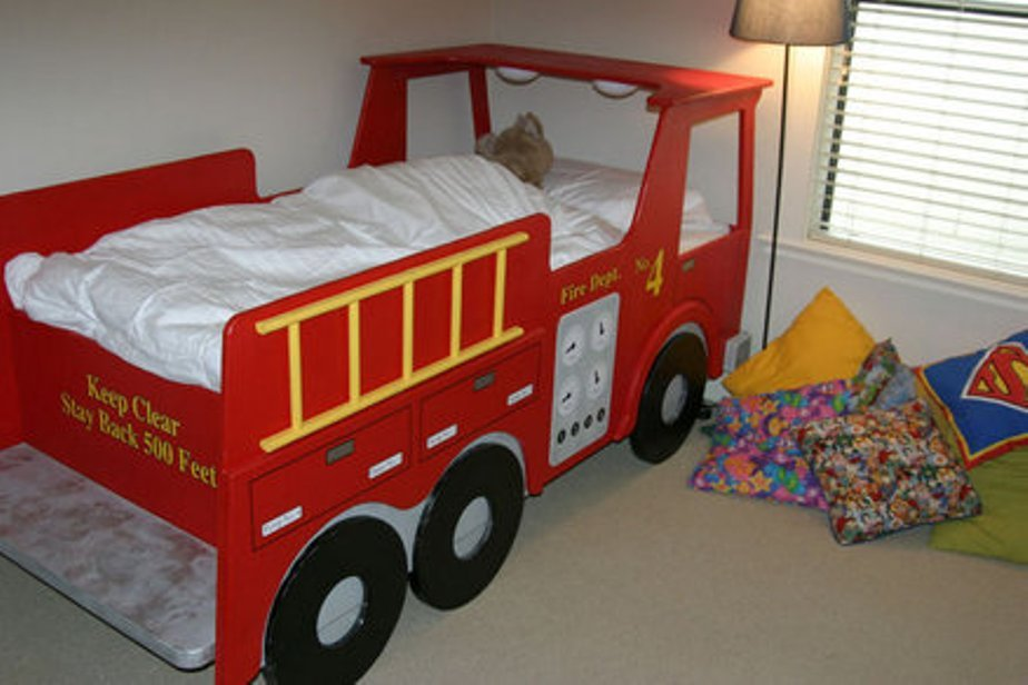 Fire Engine Toddler Bed Sheets