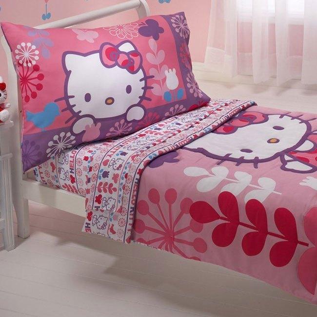 Hello Kitty Toddler Bedding
