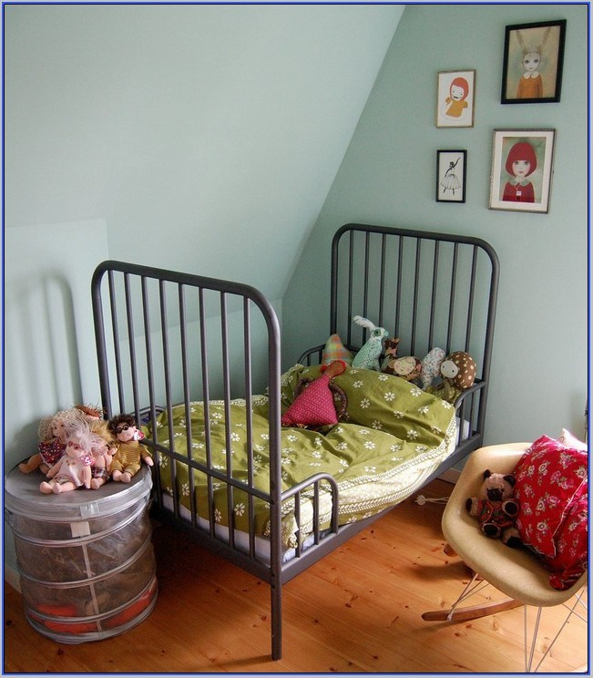Iron Toddler Bed