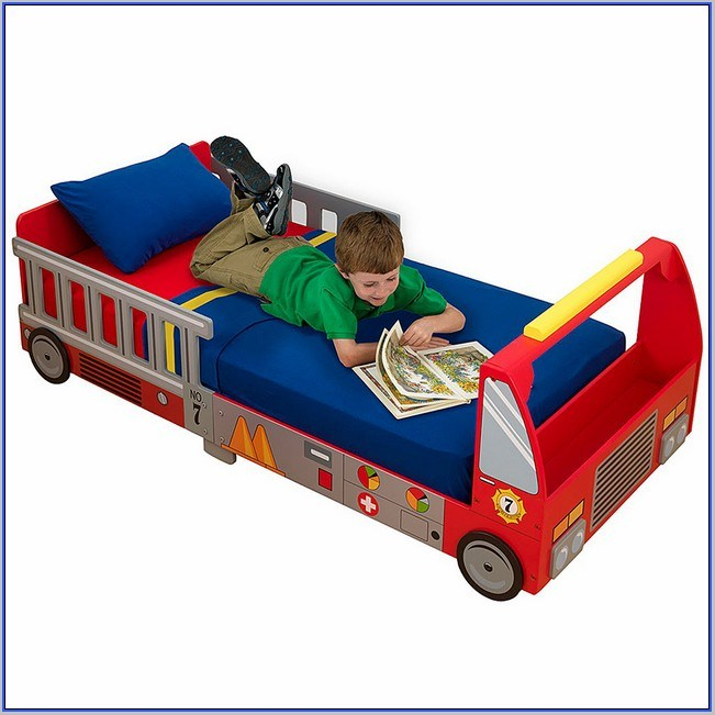 Kidkraft Firetruck Toddler Bed 76021
