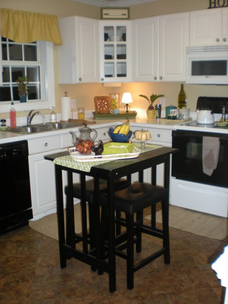 Kitchen Island Designs With Bar Stools