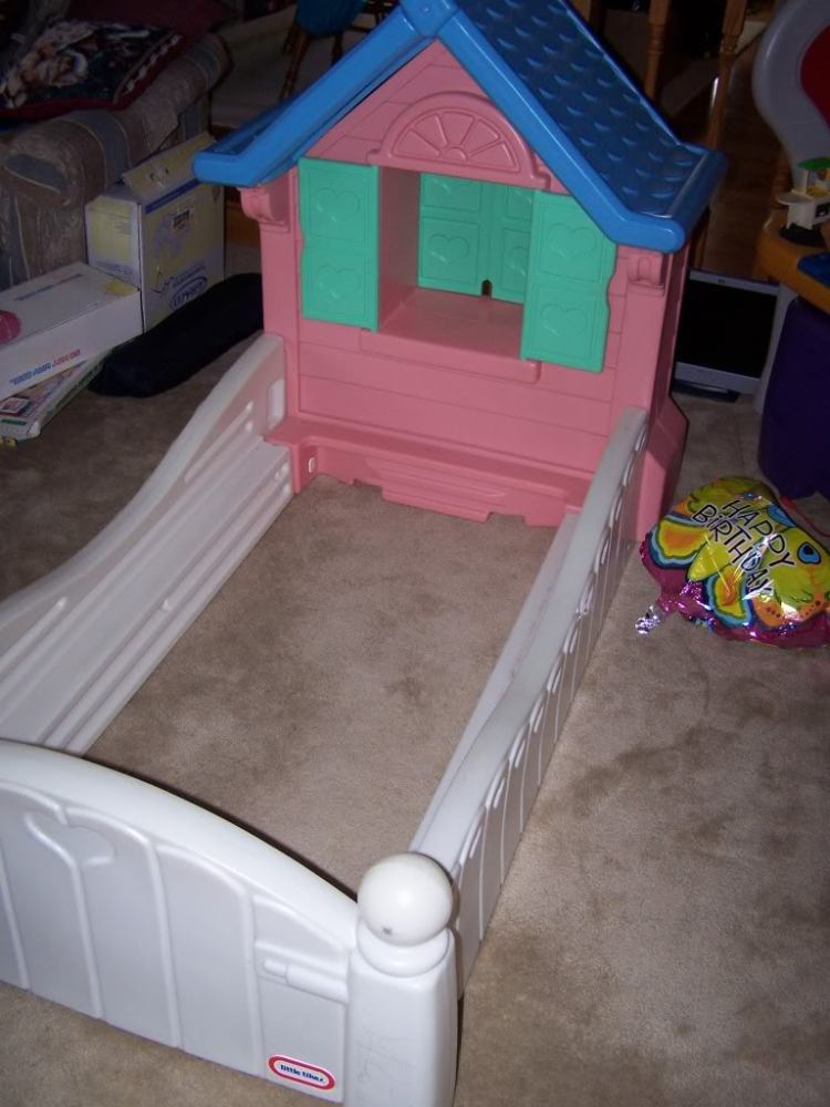 Little Tikes Toddler Bed House