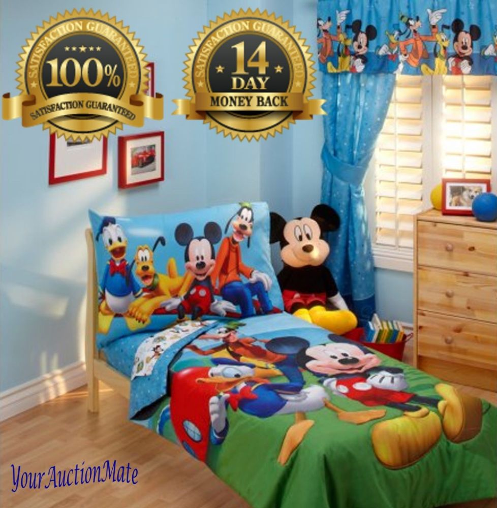 Mickey Mouse Clubhouse 4pc. Toddler Bedding Set