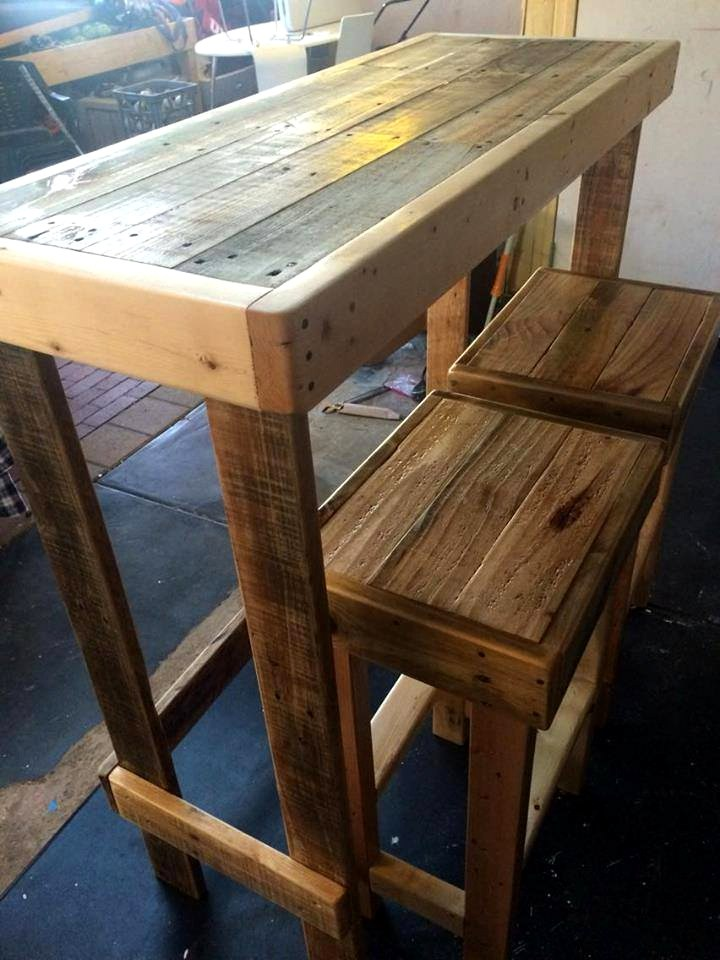 Pallet Furniture Bar Stools