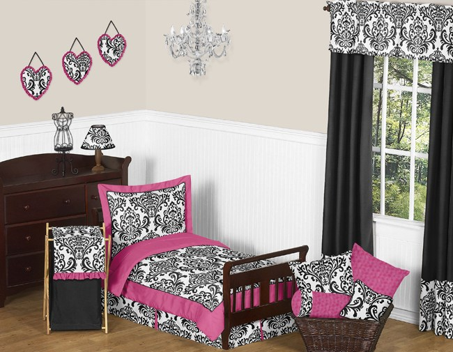 Pink Black And White Toddler Bedding