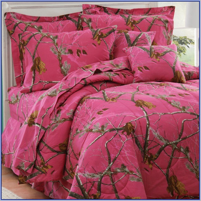 Pink Camo Toddler Bedding
