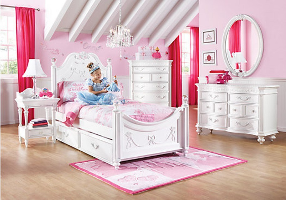 Pink Carriage Toddler Bed