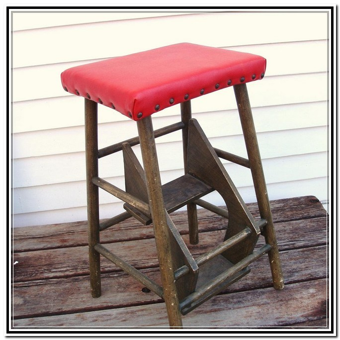 Retro Bar Stools With Steps