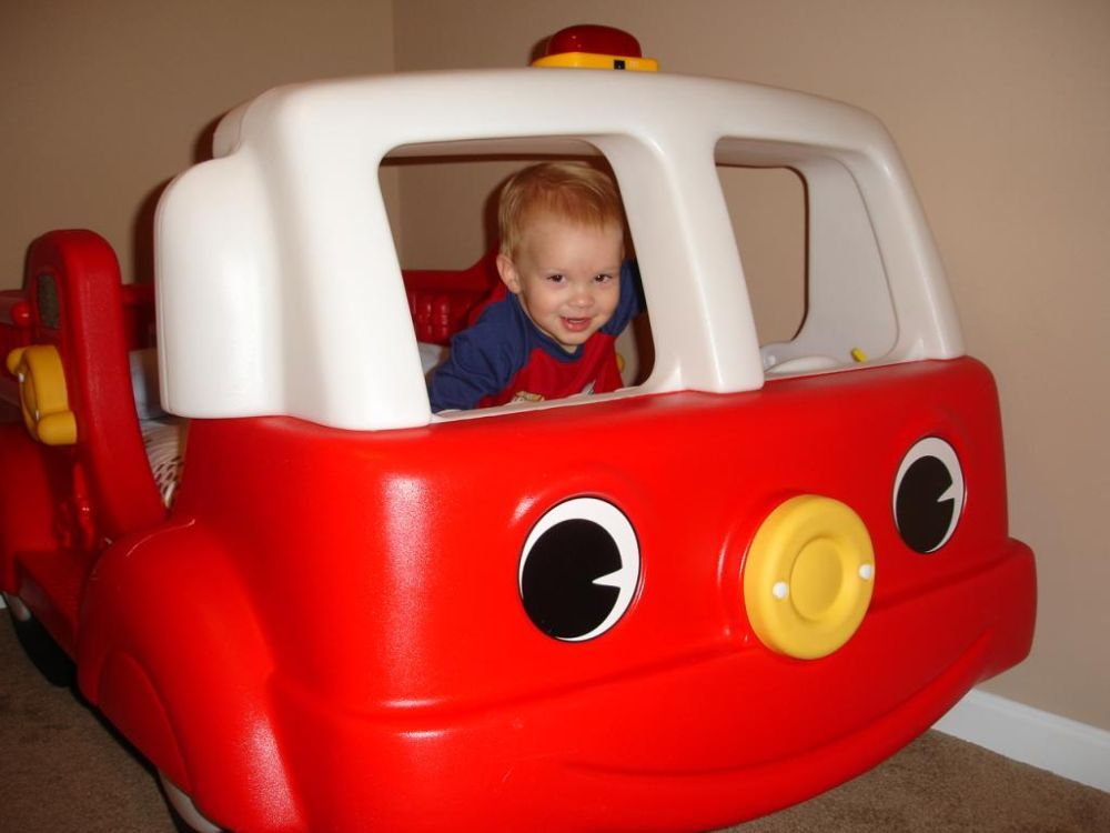 Step 2 Toddler Bed Fire Truck