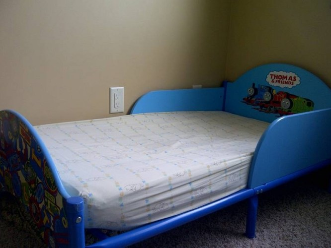 Thomas The Train Toddler Bed For Sale