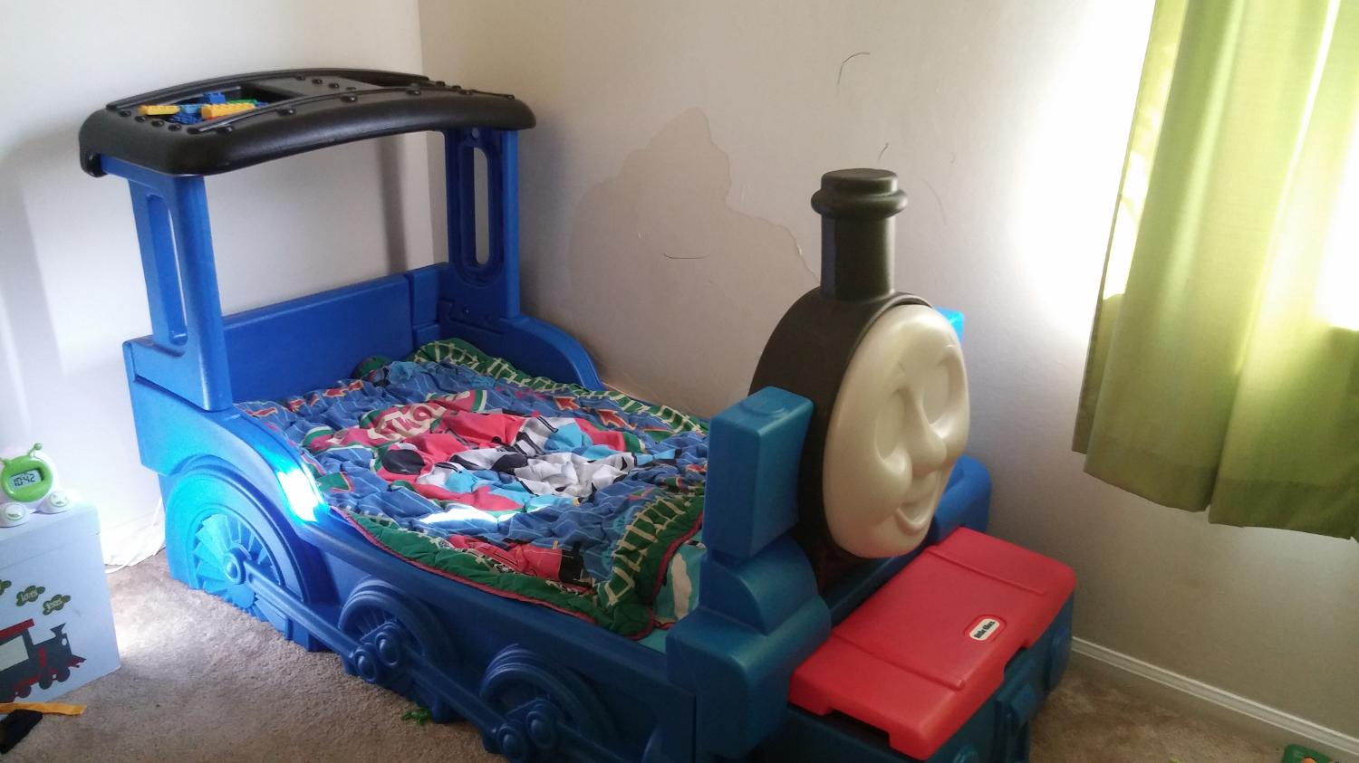 Thomas The Train Toddler Bed With Toy Box
