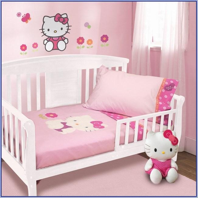 Toddler Bed Girl