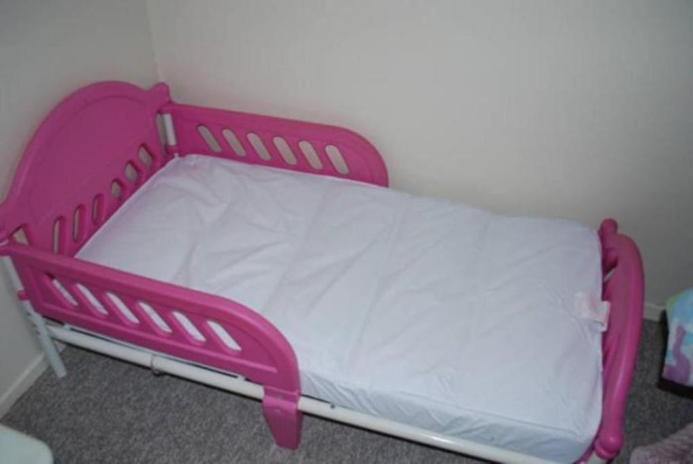 Toddler Bed Plastic White