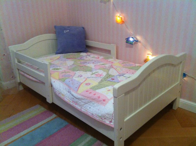 Toddler Bed Pottery Barn