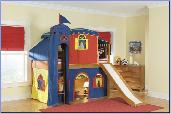 Toddler Castle Bed With Slide