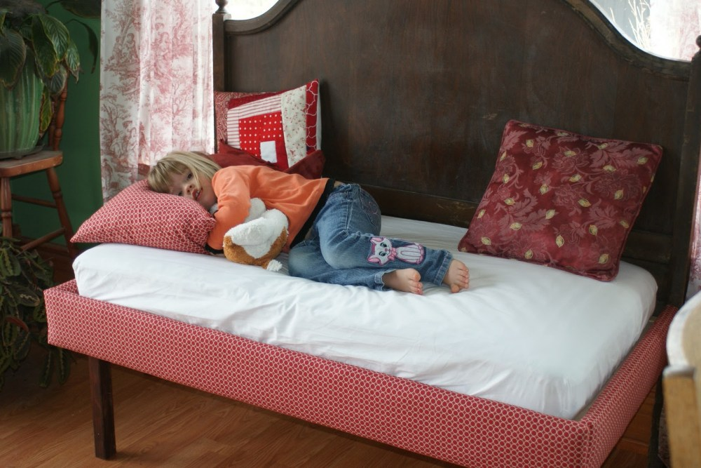 Toddler Day Bed White