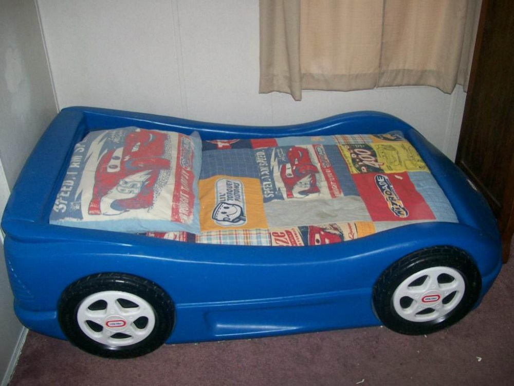 Toddler Race Car Bed