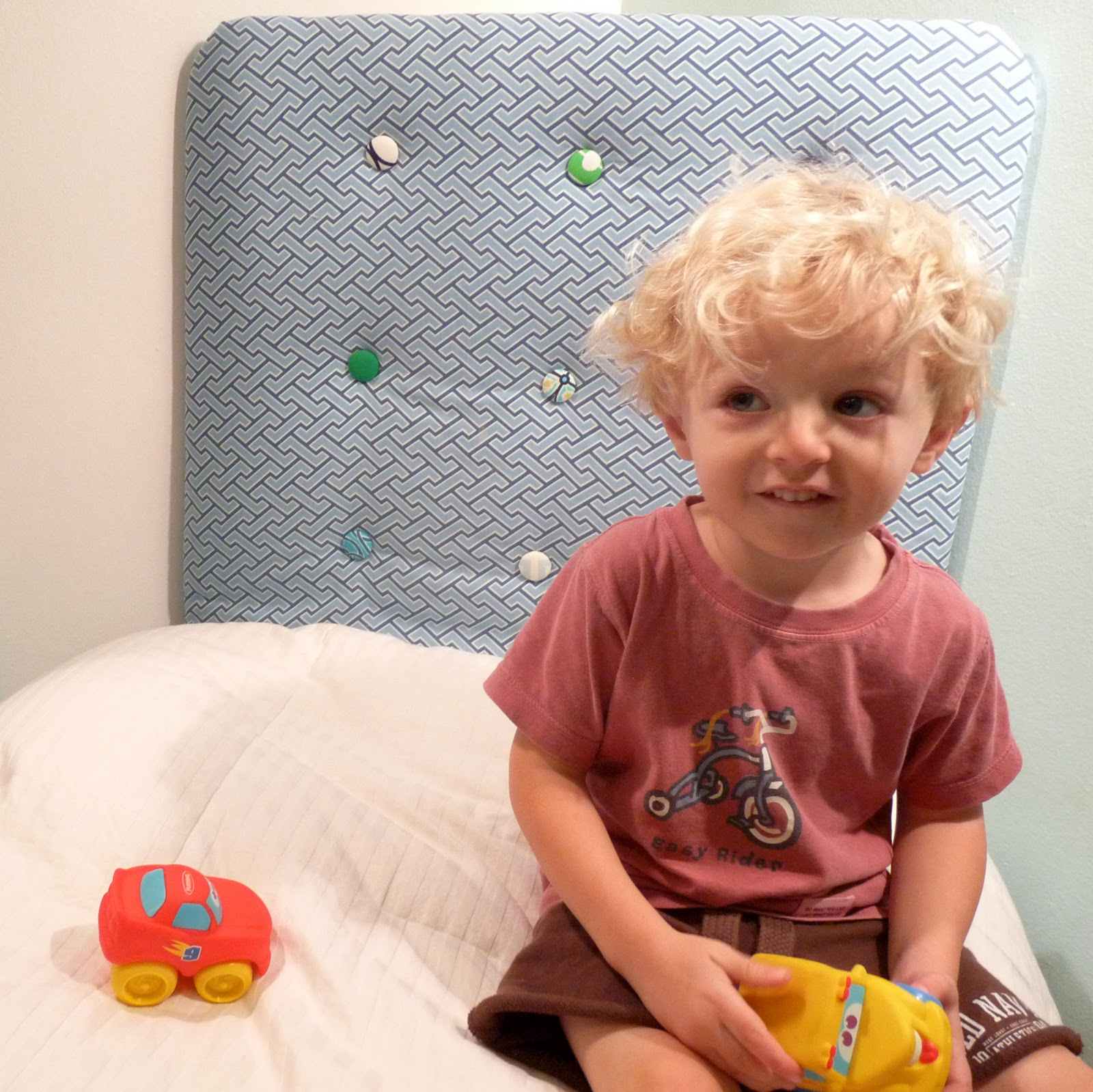 Tufted Headboard Toddler Bed