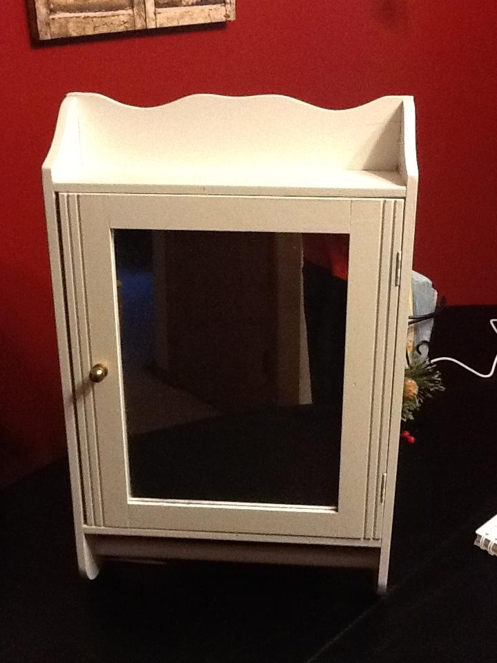 White Medicine Cabinet With Towel Bar