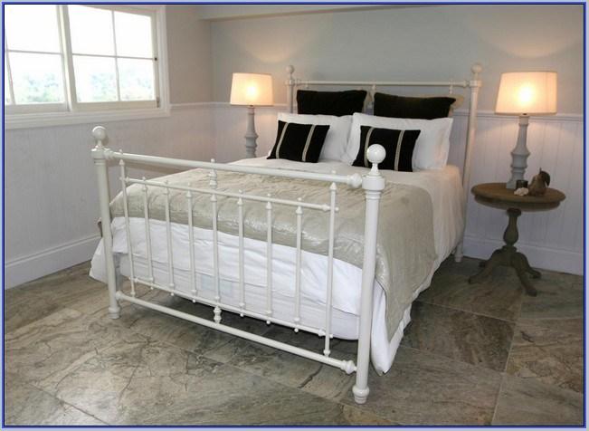 White Metal Toddler Bed Frame