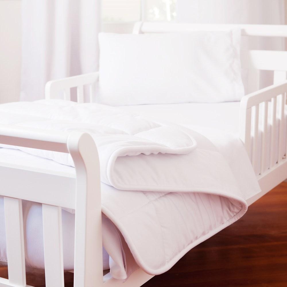 White Toddler Bedding Set