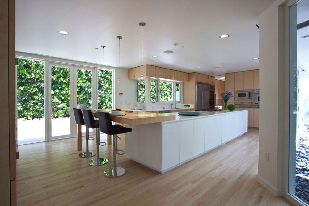 White Wooden Kitchen Bar Stools