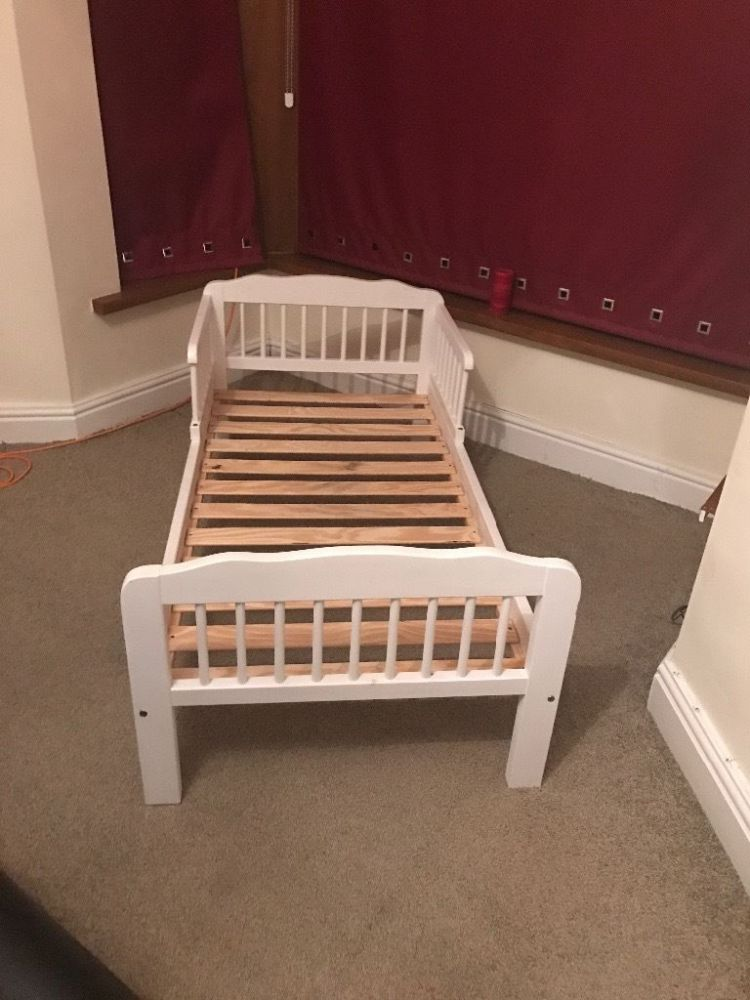 White Wooden Toddler Bed With Mattress