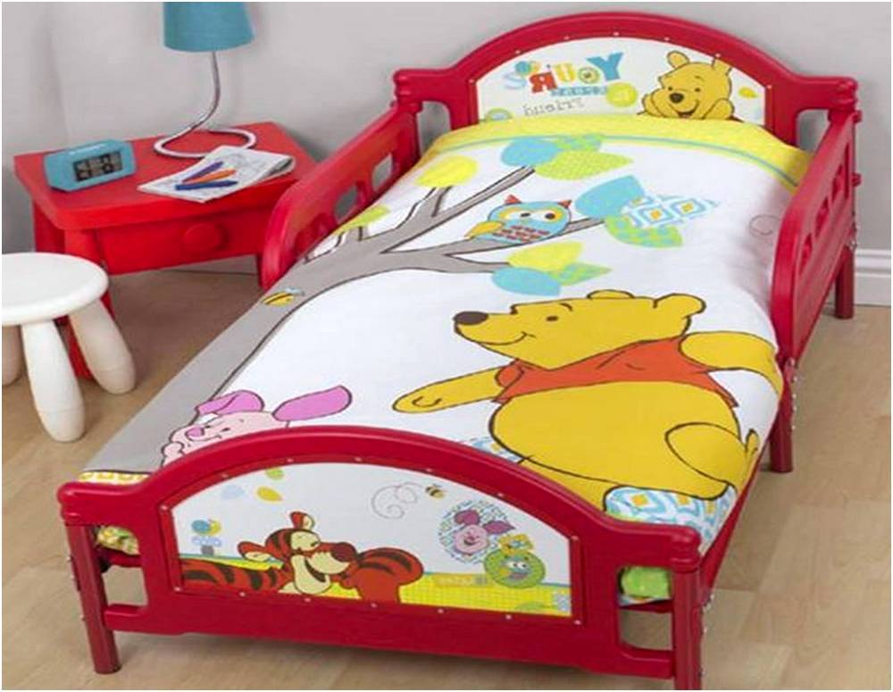 Winnie The Pooh Toddler Bedding