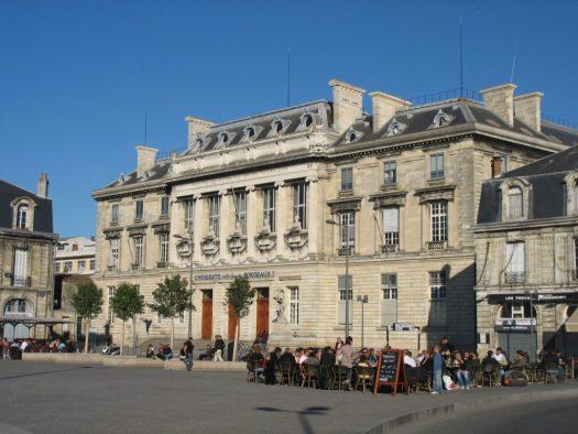 Campus Victoire, vue depuis la place de la Victoire