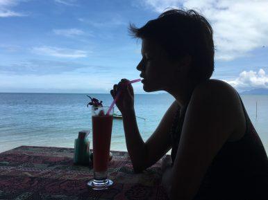 """В ресторанчике """"Сом"""" шикарные арбузные и кокосовые шейки"""