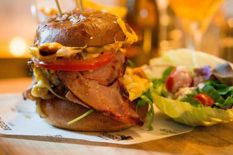 XXL Burger van Café Burger Hilversum
