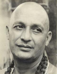 Swami-Satyananda2
