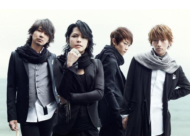 <Source:L'arc~en~Ciel Official Facebook>