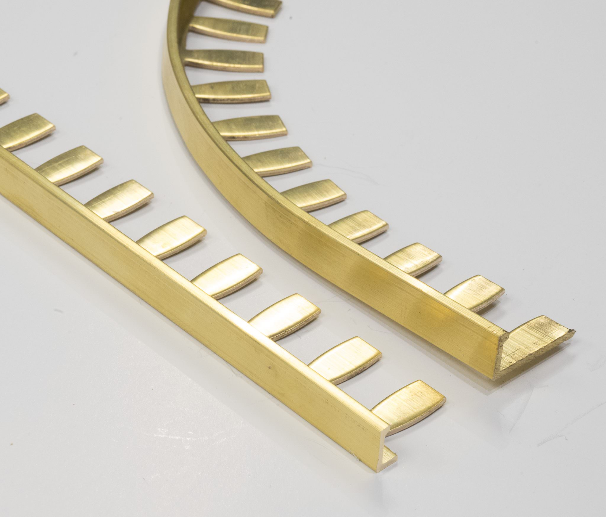 vroma formable brass natural finish l shape 2 5m heavy duty brass tile trims