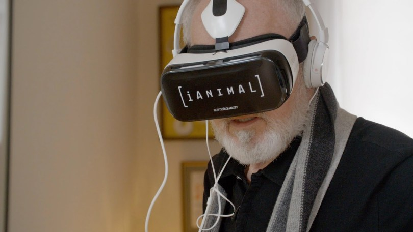 Peter Egan previewing iAnimal on Gear VR
