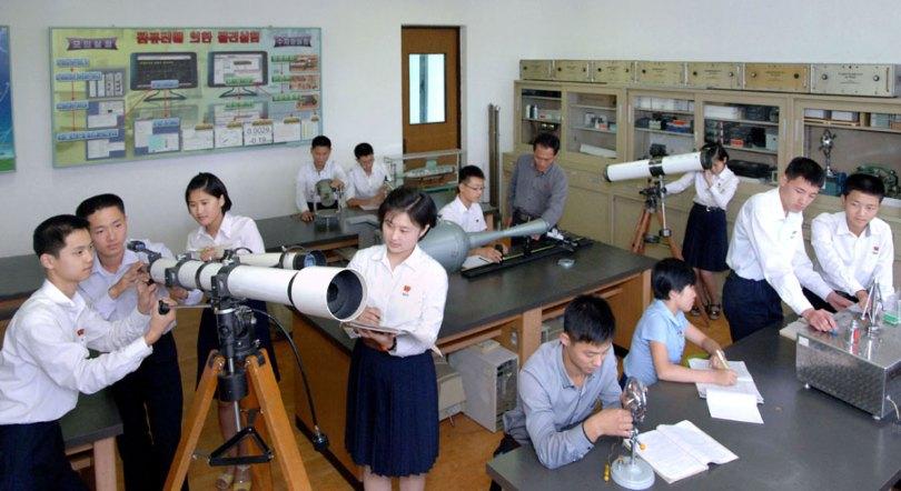 north-korea-science-virtual-reality