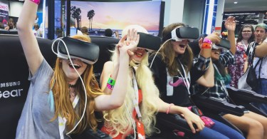 vidcon VR