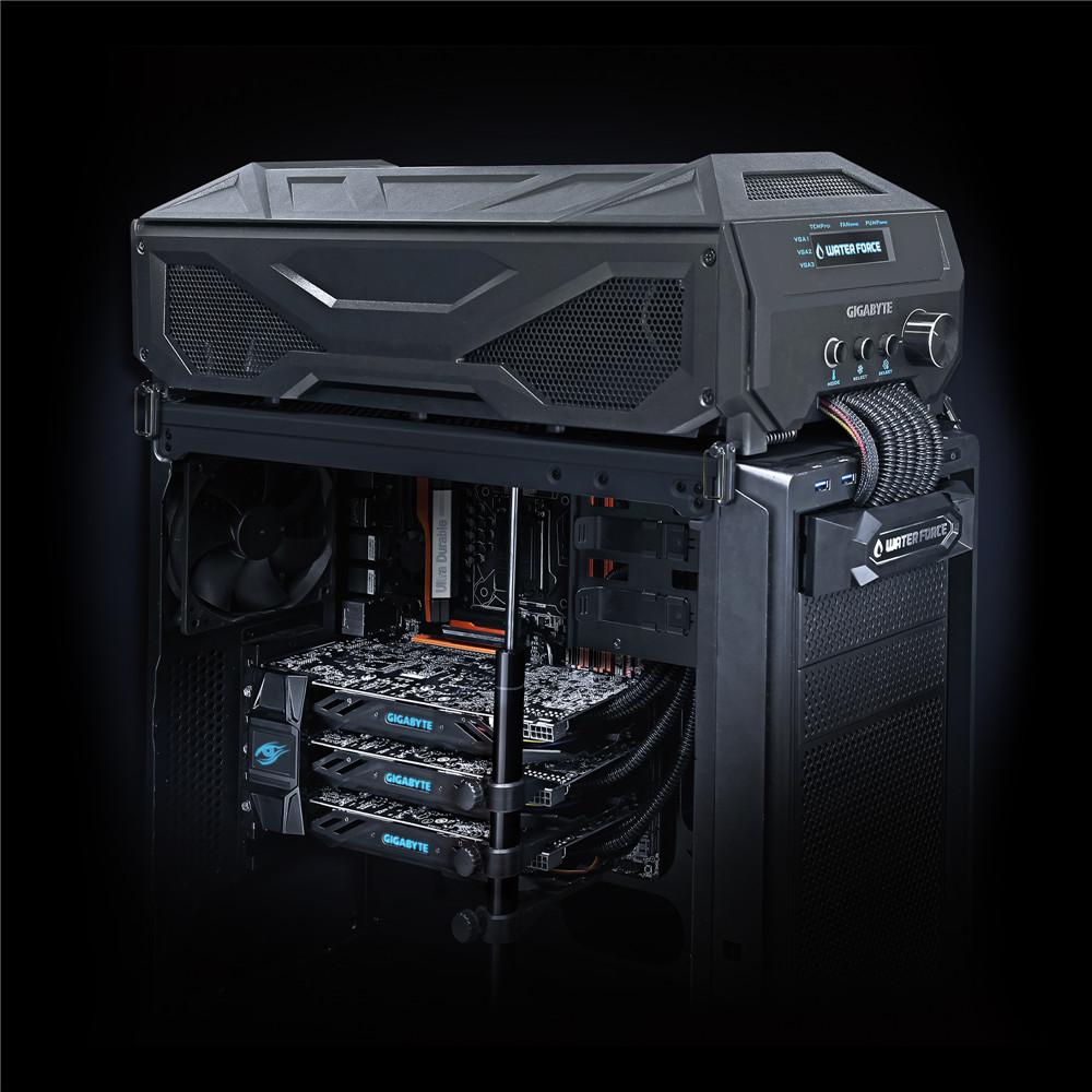 GeForce GTX 980 WaterForce Tri-SLI 3