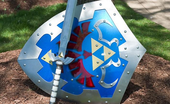 Zelda Link Shield